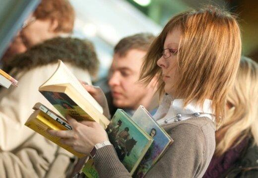 Минкульт: жители Латвии очень мало читают
